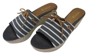 Sperry Size 8.50 M Good Condition Gray, White, Neutral, Wedges