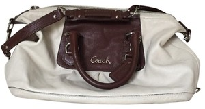 Coach Satchel in Cream/Brown