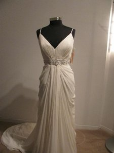 Cosmobella 7553 (89l) Wedding Dress