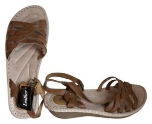 Cuddlers Slingbacks Sandals Sandals Tan Wedges