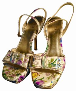 Guess Strappy Bow Peep Toe Shiny Stiletto Gold Heels Excellent Condition Like New FLORAL Pumps