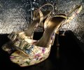 Guess Strappy Bow Peep Toe Shiny Stiletto Gold Heels Excellent Condition Like New FLORAL Pumps Image 2