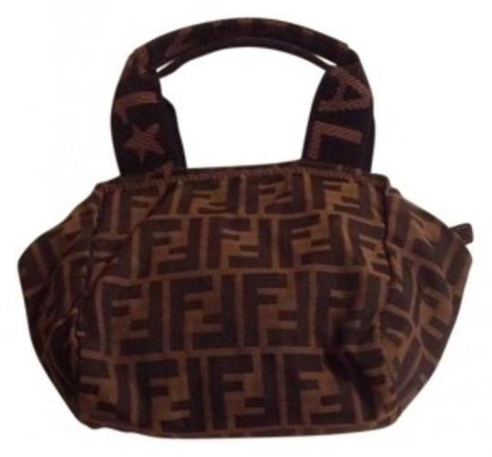 Preload https://img-static.tradesy.com/item/136879/fendi-hobo-bag-0-0-540-540.jpg