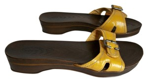 Dr. Scholl's Schools Slides Yellow Gold Sandals