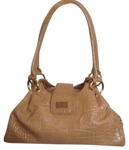 Isabella Adams Shoulder Bag