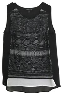 Kenneth Cole Top Black and White