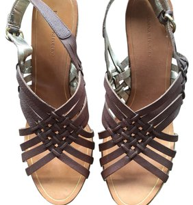Banana Republic Brown Wedges