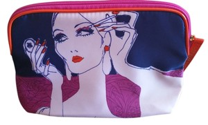 Estée Lauder make-up bag