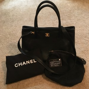 Chanel Executive Cert Ghw Tote in Black