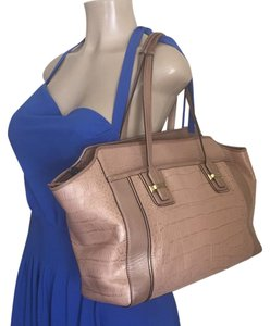 Coach Tote in Nude pink