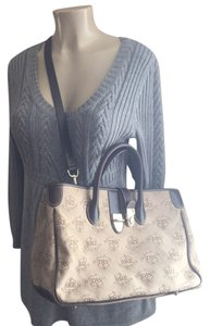 Dooney & Bourke Satchel in Beige/brown