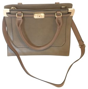 Other Handbag Tan Handbag Shoulder Bag