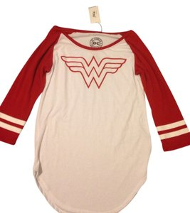 Dc comics T Shirt Red And White