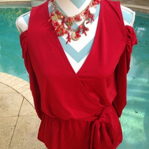 Boston Proper Ruched Night Out Date Night Draped Cold Shoulder Top Red