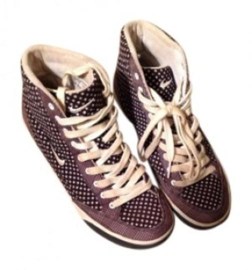 Preload https://item3.tradesy.com/images/nike-black-grey-with-diamond-dot-design-sneakers-size-us-85-136942-0-0.jpg?width=440&height=440