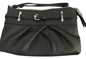 Simply Vera Vera Wang Wristlet in Black