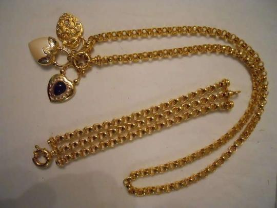 Preload https://item1.tradesy.com/images/joan-rivers-gold-necklace-and-bracelet-136955-0-0.jpg?width=440&height=440