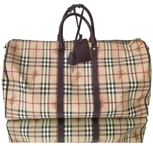 86beb5812c69 Burberry Duffle Bags - Up to 70% off at Tradesy