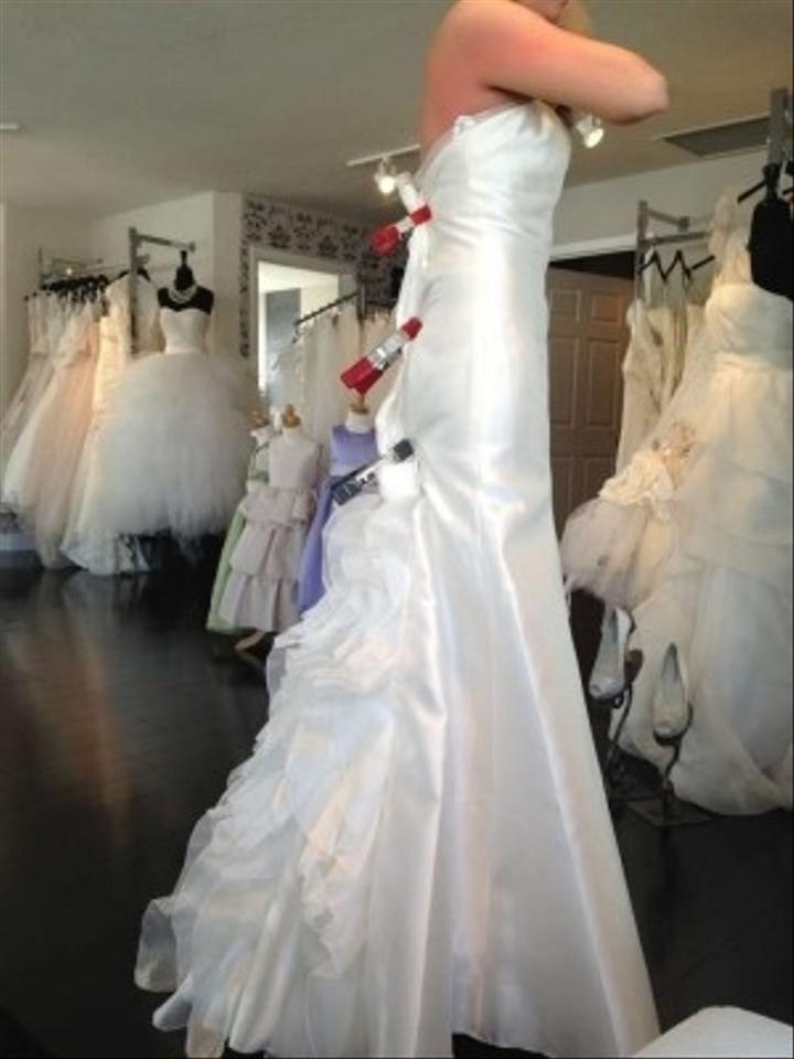 After six 1039 wedding dress tradesy for Bride dress after wedding