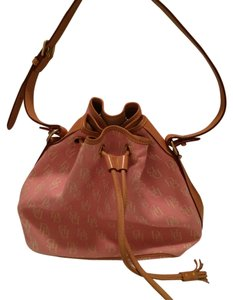 Dooney & Bourke Bucket Tote in Pink
