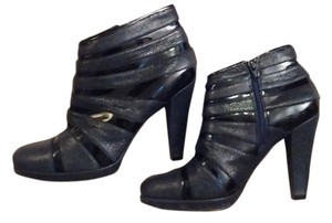 Isola Textured Leather Black Boots