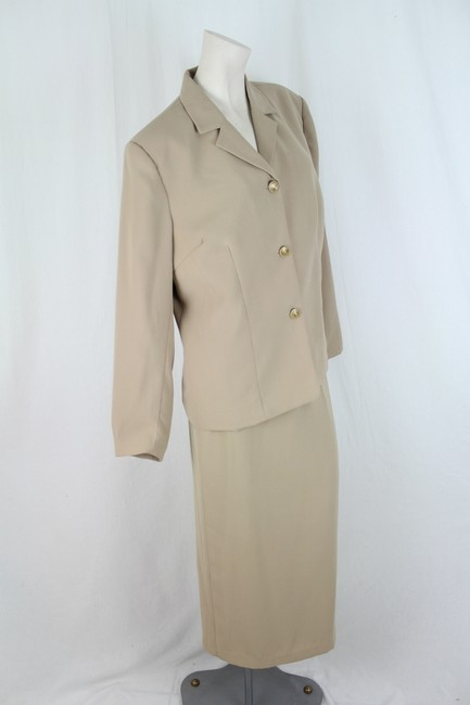Jonathan Logan Jonathan Logan Fully Lined Beige Skirt Suit Size 16W