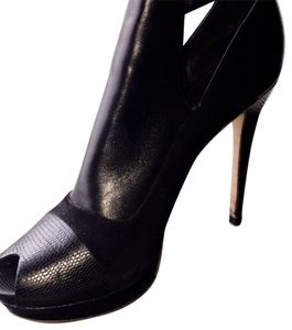 Elie Tahari Black Platforms