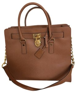 Michael Kors Leather Logo Tote in Luggage