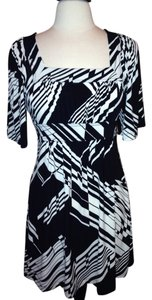 BCBGMAXAZRIA short dress Black White Stretch Size Small on Tradesy