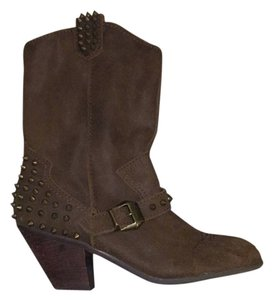Betsey Johnson Brown with bronze studs Boots