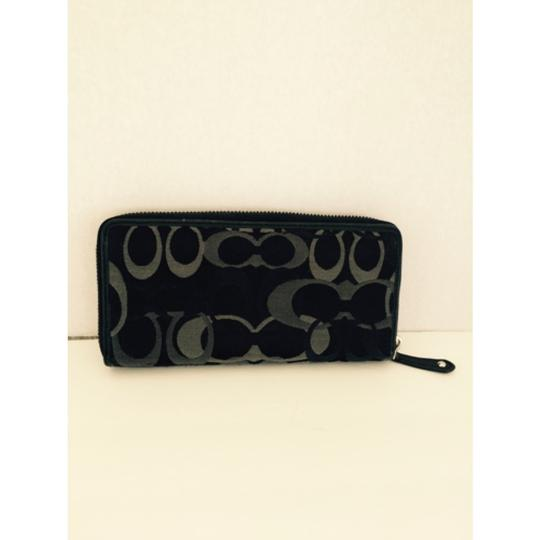 Coach Zip Around Accordion Wallet Black