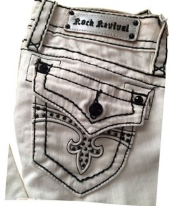 SOLD !!Rock Revival Straight Leg Jeans
