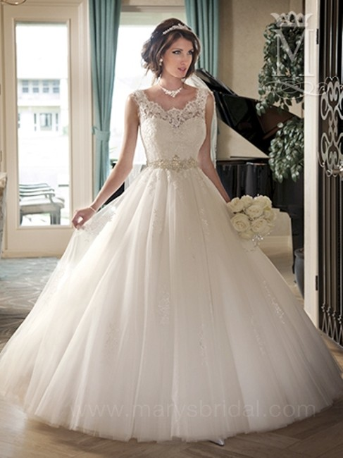 Item - Ivory / Multi Venice Lace/Tulle Couture D'amour 6212 Feminine Wedding Dress Size 12 (L)
