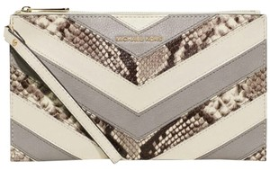 Michael Kors Bedford White Clutch
