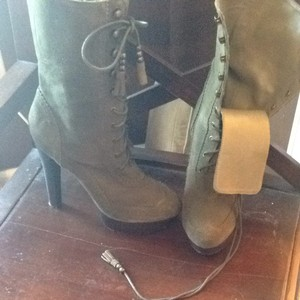N.Y.L.A. Olive Green Boots