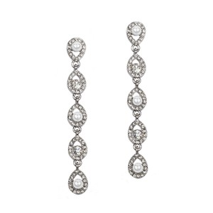 Mariell Linear Teardrop White Pearl And Crystal Dangle Earrings 4518e-w-s