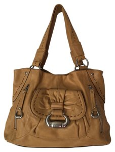 B. Makowsky Stylish Dust Roomy Satchel in TAN