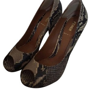 Fendi Black & Grey Snakeskin Pumps