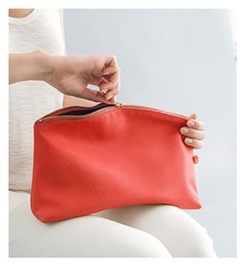 BAGGU Pouch Made In Usa Leather Poppy Clutch