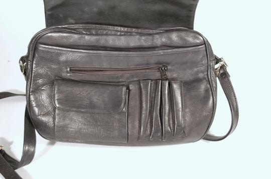 Perlina Black Leather Saddle Cross Body Buttery Smooth Shoulder Vintage Messenger Bag