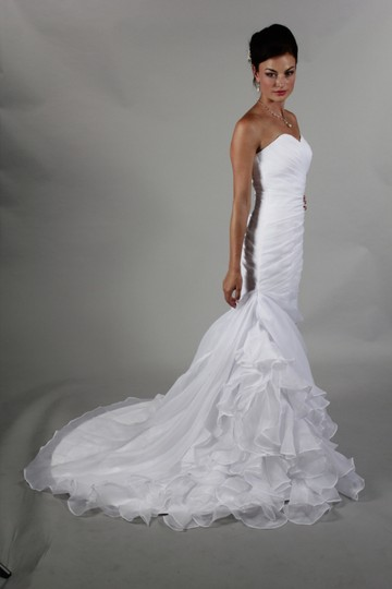 White Organza Handmade Simple Elegant Mermaid Modern Wedding Dress Size 4 (S)