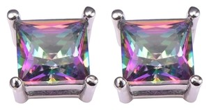 Other New M/L Rainbow Quartz .925 Silver Stud Earrings