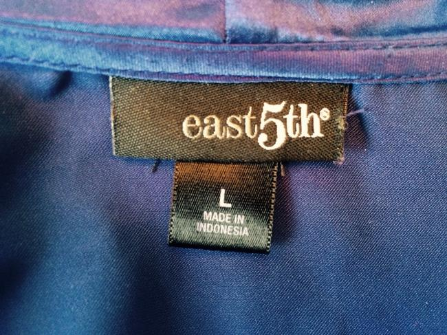 East 5th Essentials Top