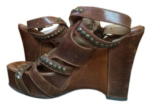 Frye Studded Leather Brown Sandals