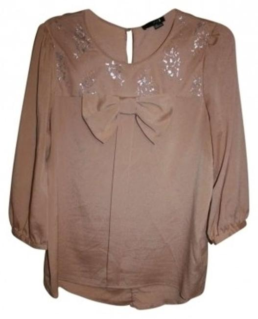 Preload https://item3.tradesy.com/images/forever-21-blush-blouse-size-12-l-137252-0-0.jpg?width=400&height=650