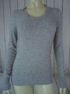Banana Republic Gray Cashmere Wool Blend Soft Sexy Sweater