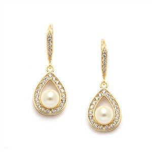 Brilliant A A A A A Crystal & Pearl 14k Gold Bridal Earrings