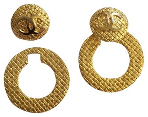 Chanel Vintage Gold Textured Earrings