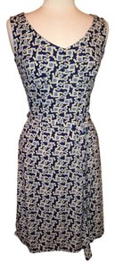 Ann Taylor LOFT Tea Length Stretch Size 2 Dress