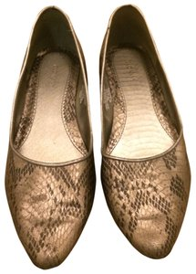 Old Navy Snakeskin Pewter Flats